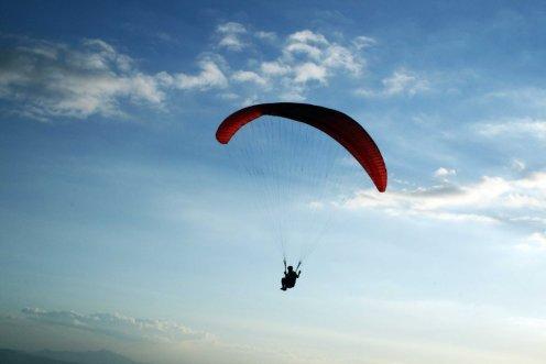 me-paragliding1